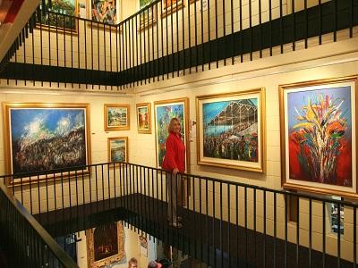 Broken Hill galleries - Pro Hart Gallery